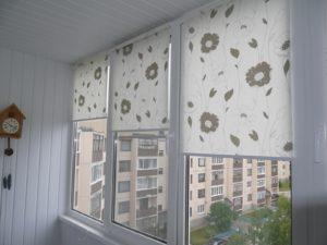 Установка рулонных штор на пластиковые окна в Одинцово